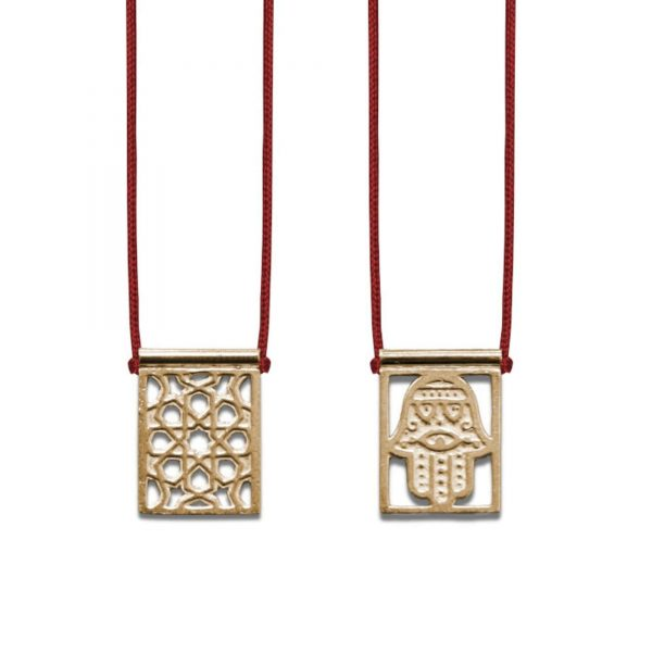 ballestrin-escapulario-hamsa-gold-plated-cord-red